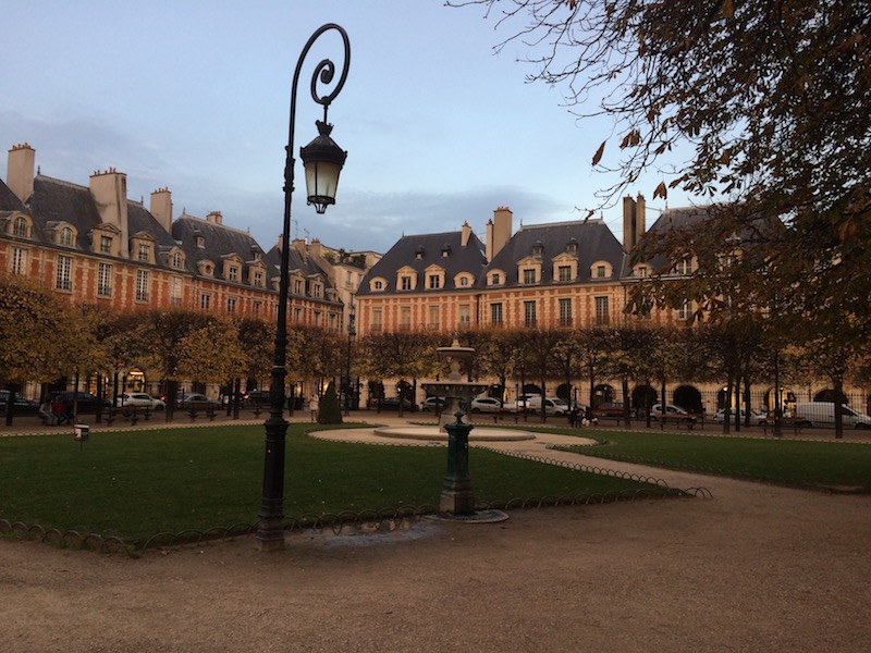 place des vosges in the fall