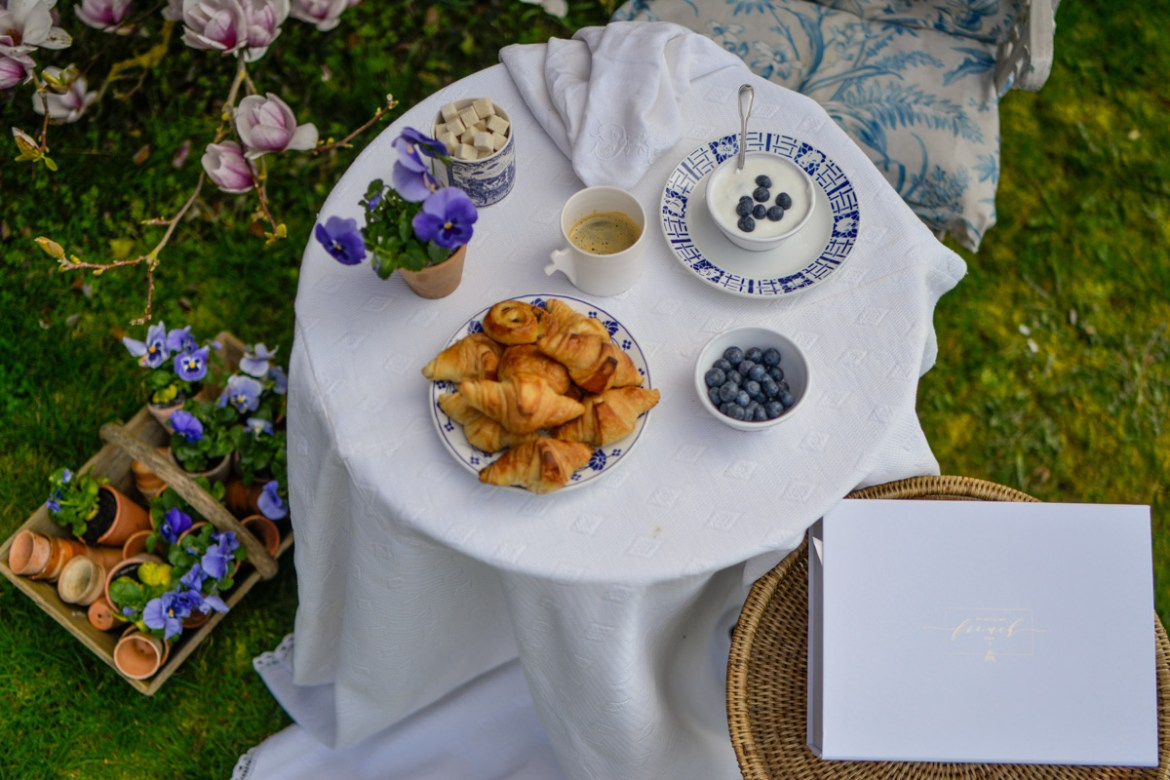 a blue and white breakfast in the garden- blue and white for our may box- MY FRENCH COUNTRY HOME