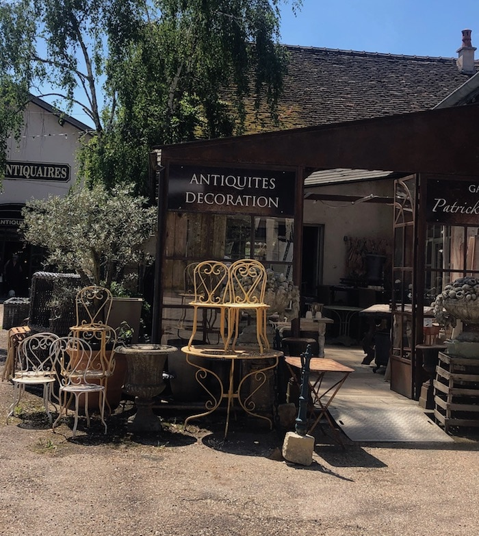 antique store on the MFCH Burgundy Tour