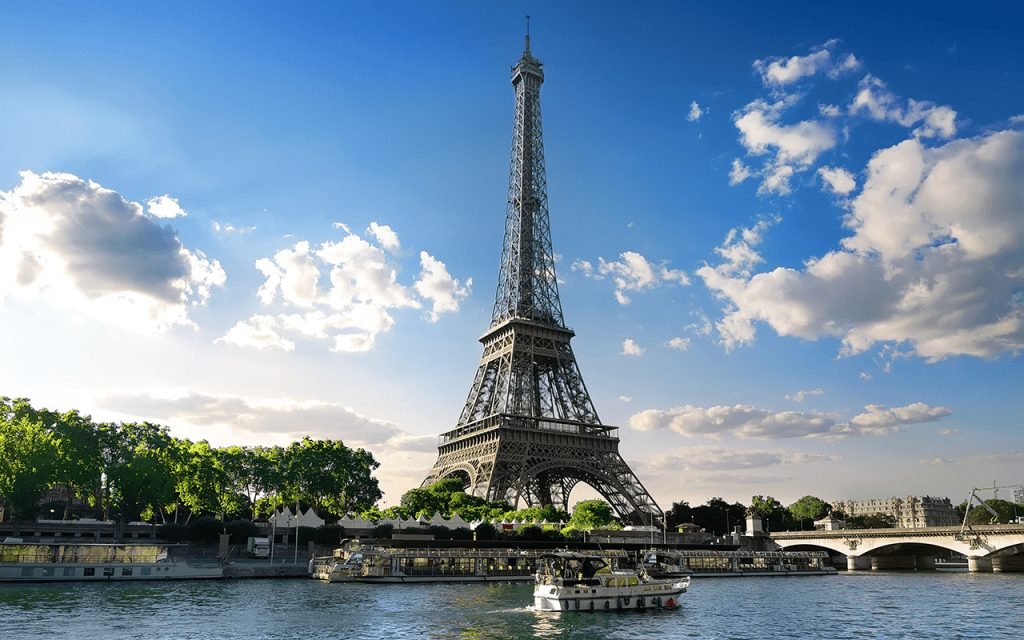 Paris France | Parisian summer landscape, Eiffel Tower