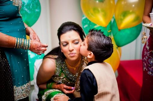 Hindu Pithi Puro Ceremony - Toronto Wedding and Family Photographer