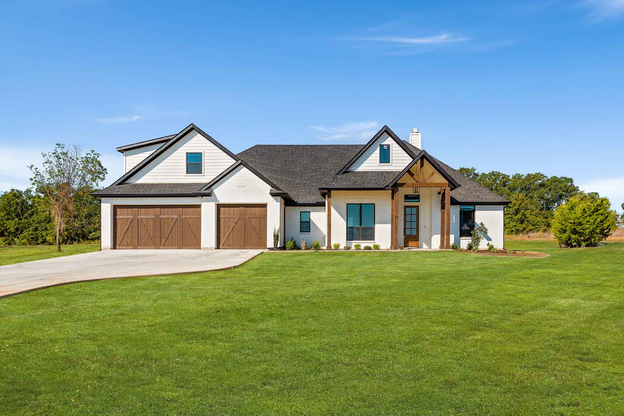 Farmstyle new construction home near Fort Worth for sale