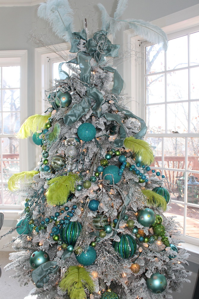 Best 25 Blue Christmas Decorations Ideas Magment This Month