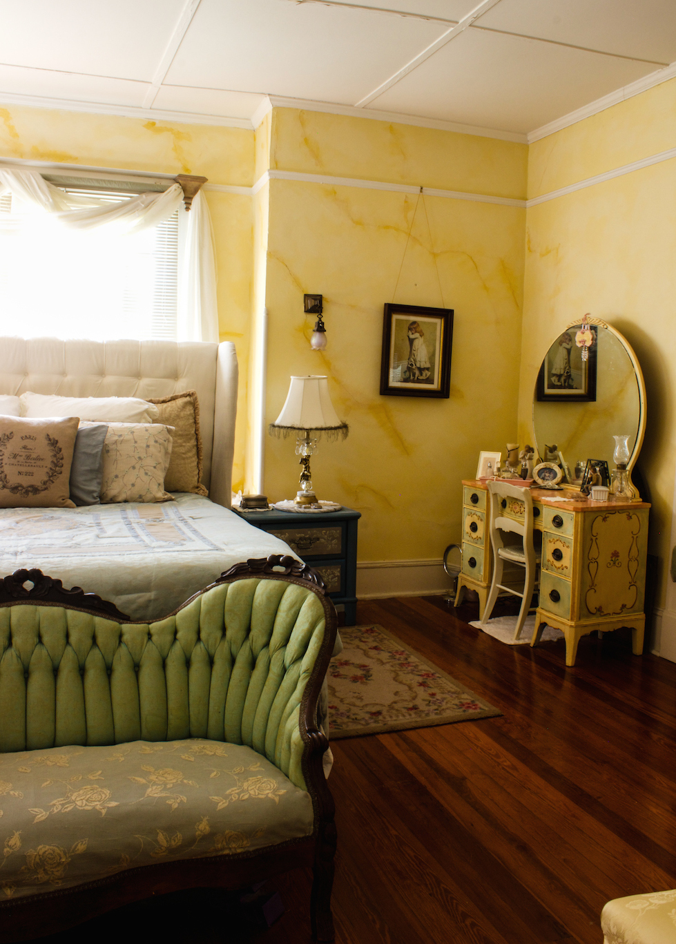 Best Master Bedroom Winter Decor A Delightsome Life This Month