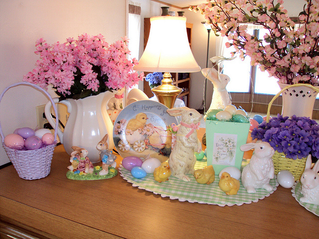 Best 8 Easter House Decorations This Month