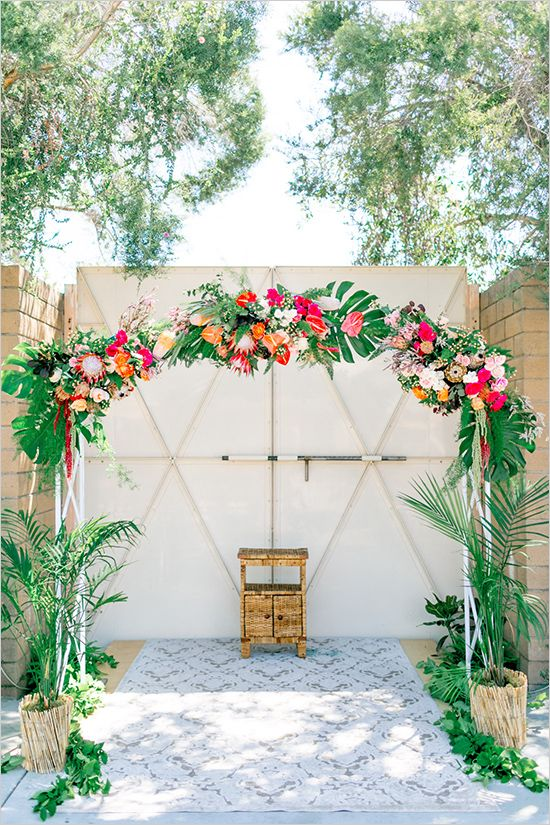 Best The Most Fun Tropical Wedding Theme You Ve Ever Seen This Month