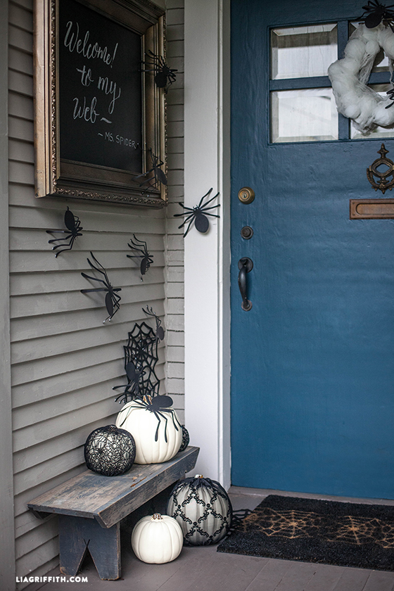 Best How To Decorate Every Room In Your House For Halloween This Month