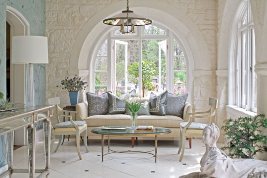 Best Showhouse Showcase Sensationally Soothing Traditional Home This Month