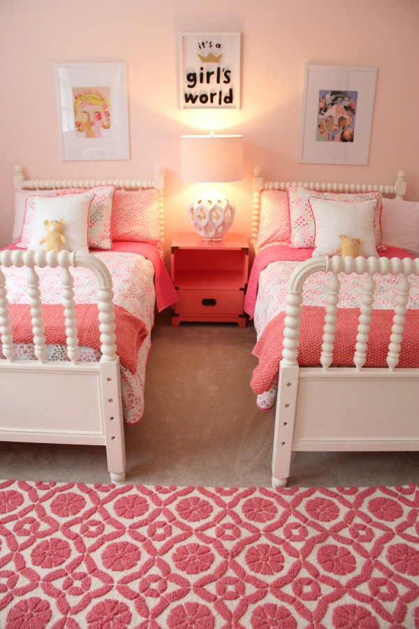 Best Monday Makeover – Shared Little Girls Room This Month