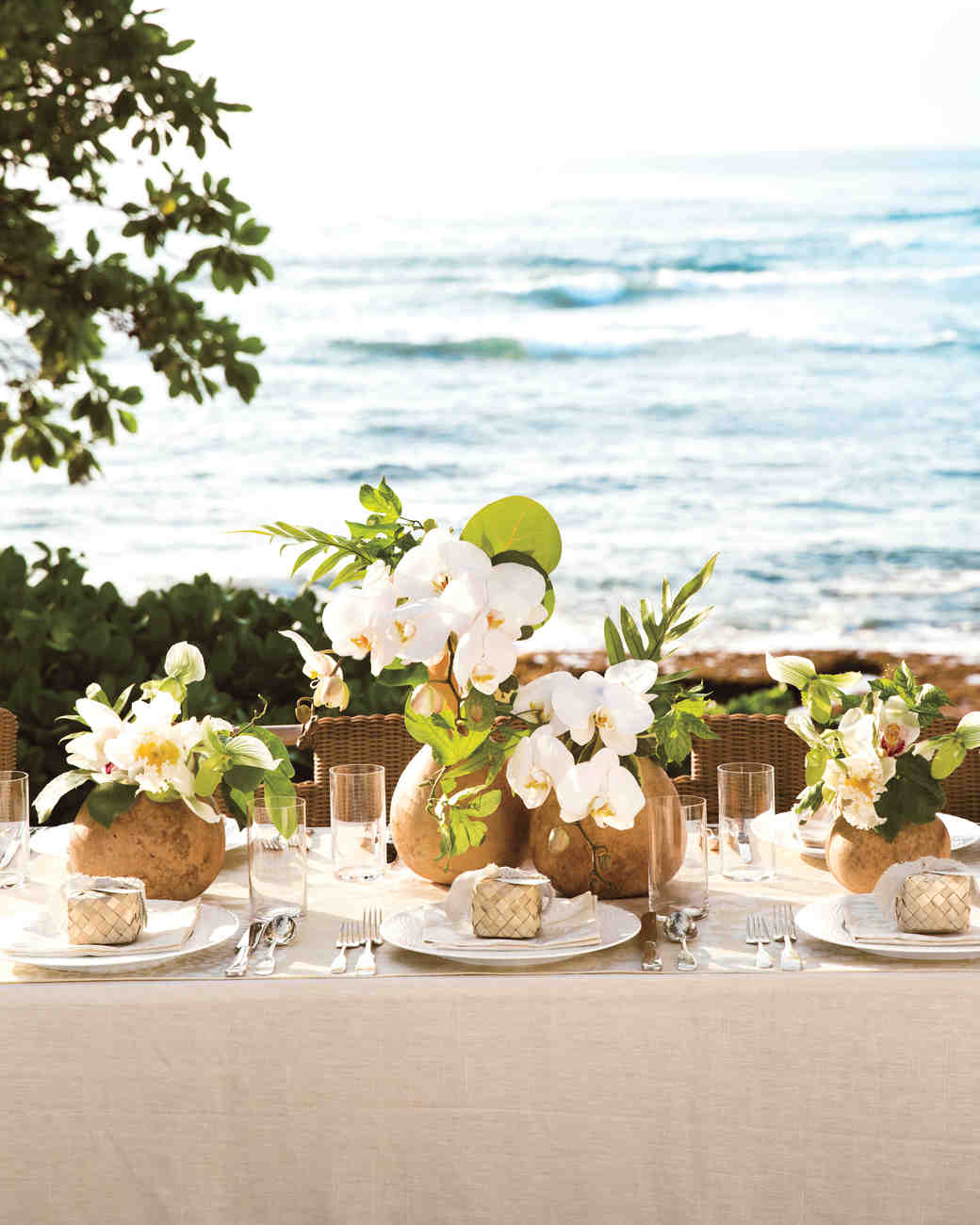 Best Island Time 10 Ideas For Throwing A Tropical Wedding This Month