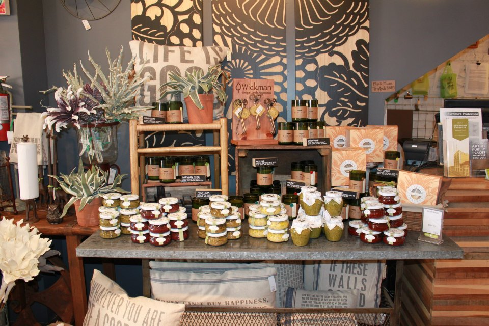 Best Decorella Shop Local Small Business Saturday This Month