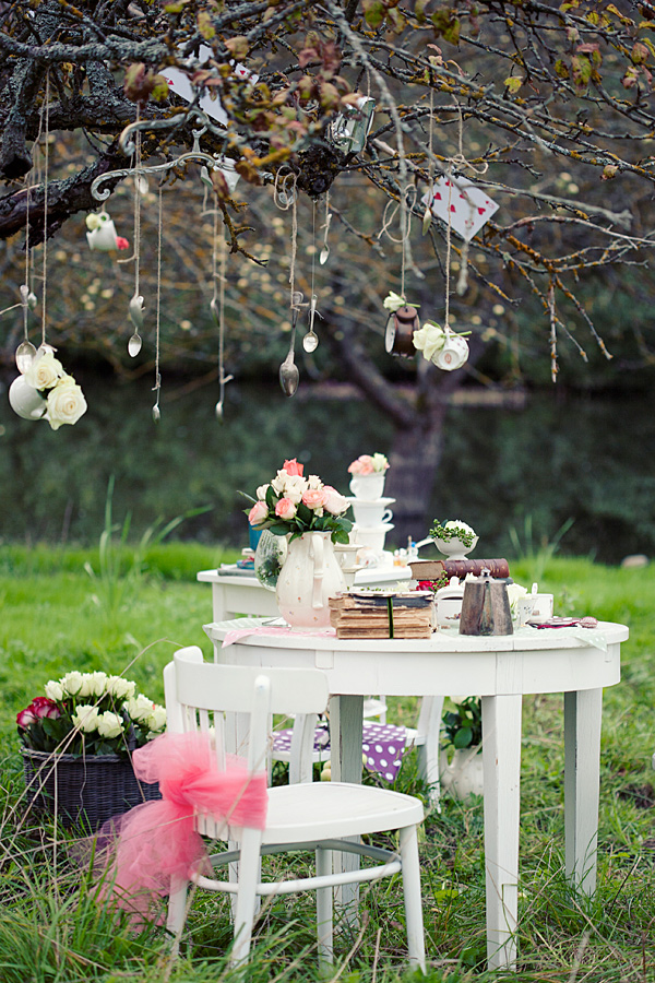 Best Prunellaa Garden Wedding Ideas Alice And Wonderland This Month