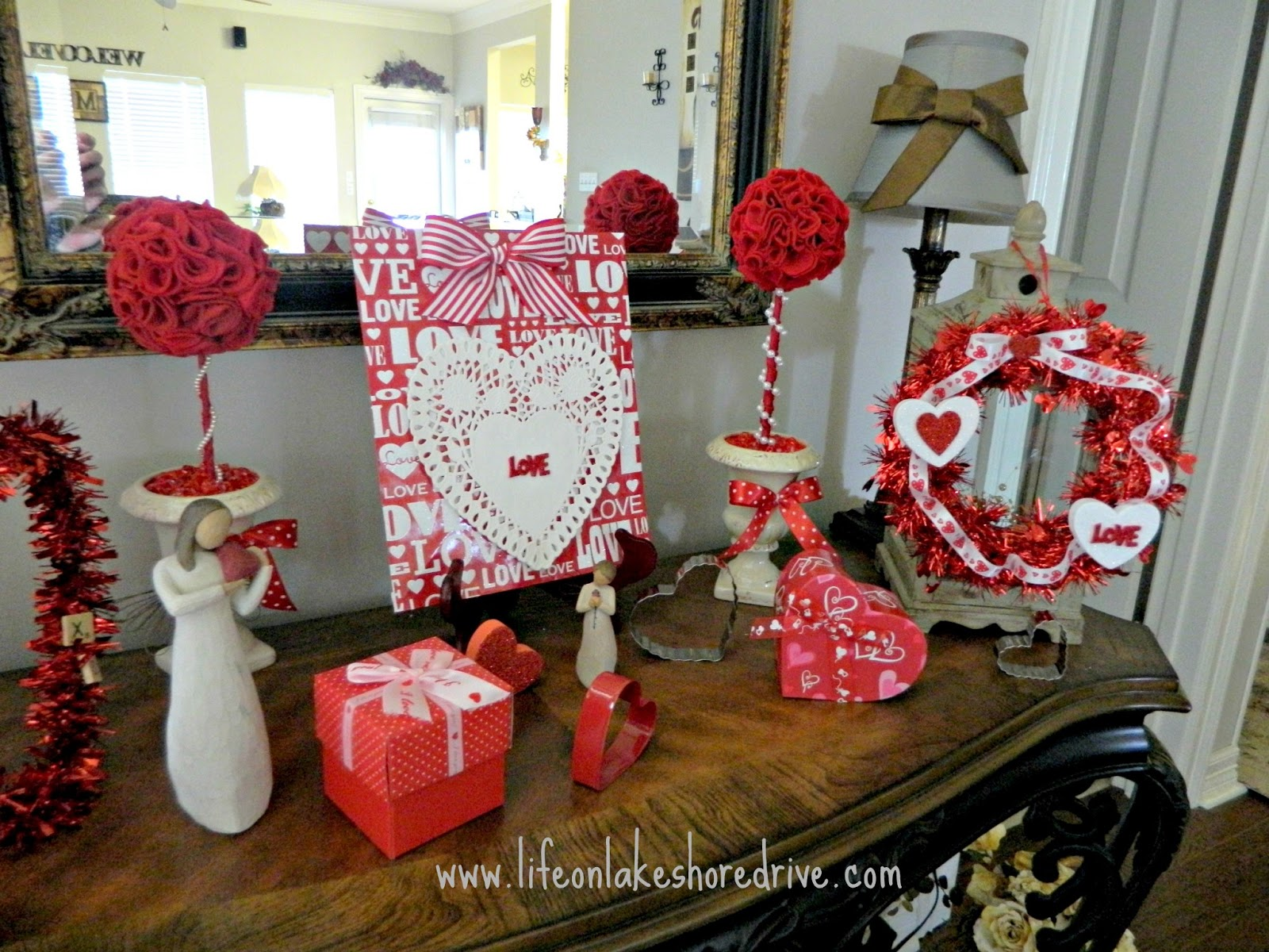 Best Valentine S Vignette With The Dollar Tree Decor Life On This Month