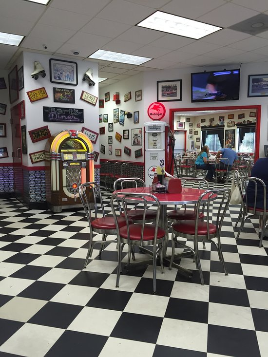 Best Bert S 50 S Diner Is A Fun And Nostalgic Diner In Maryland This Month