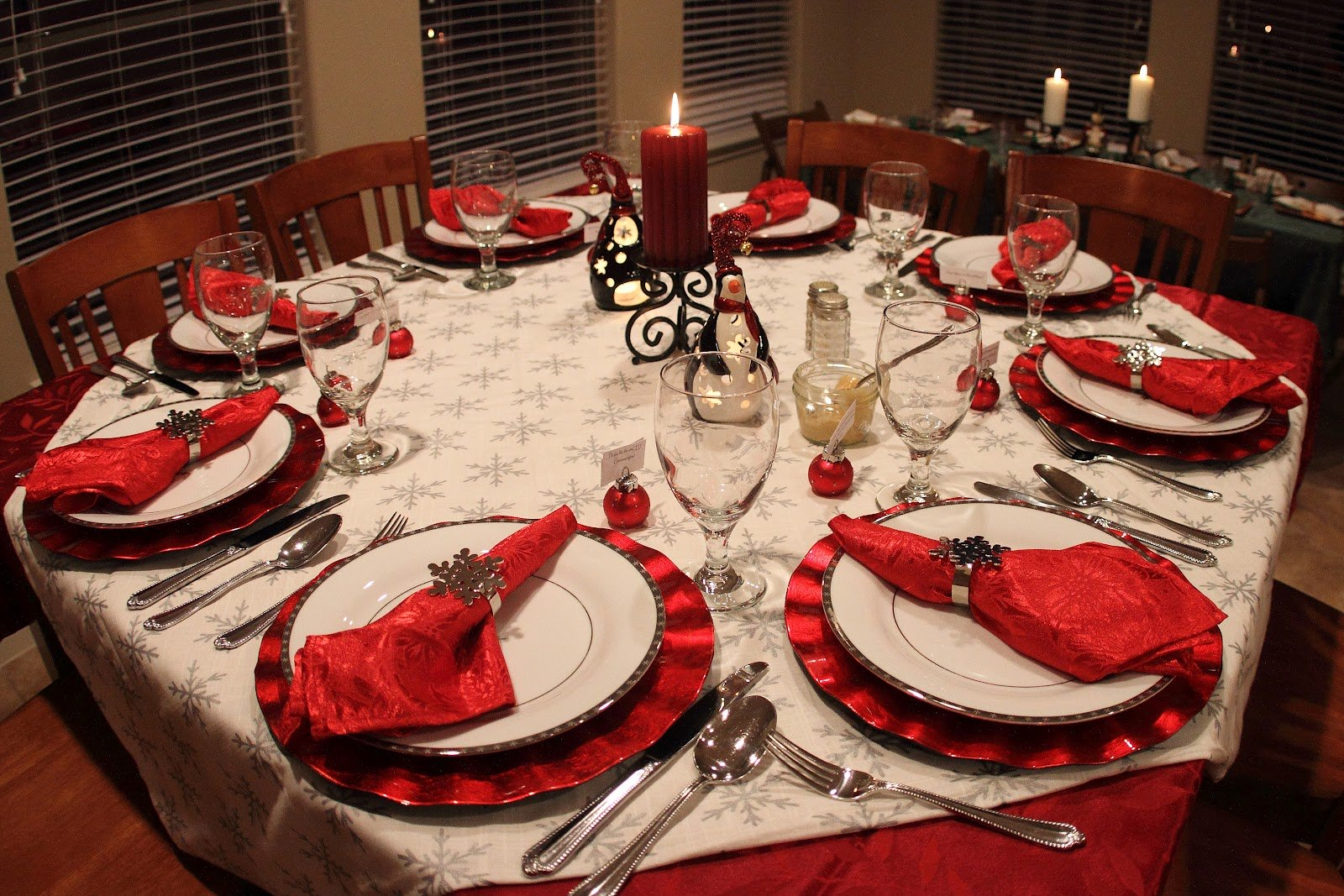 Best 40 Christmas Dinner Table Decoration Ideas All About This Month
