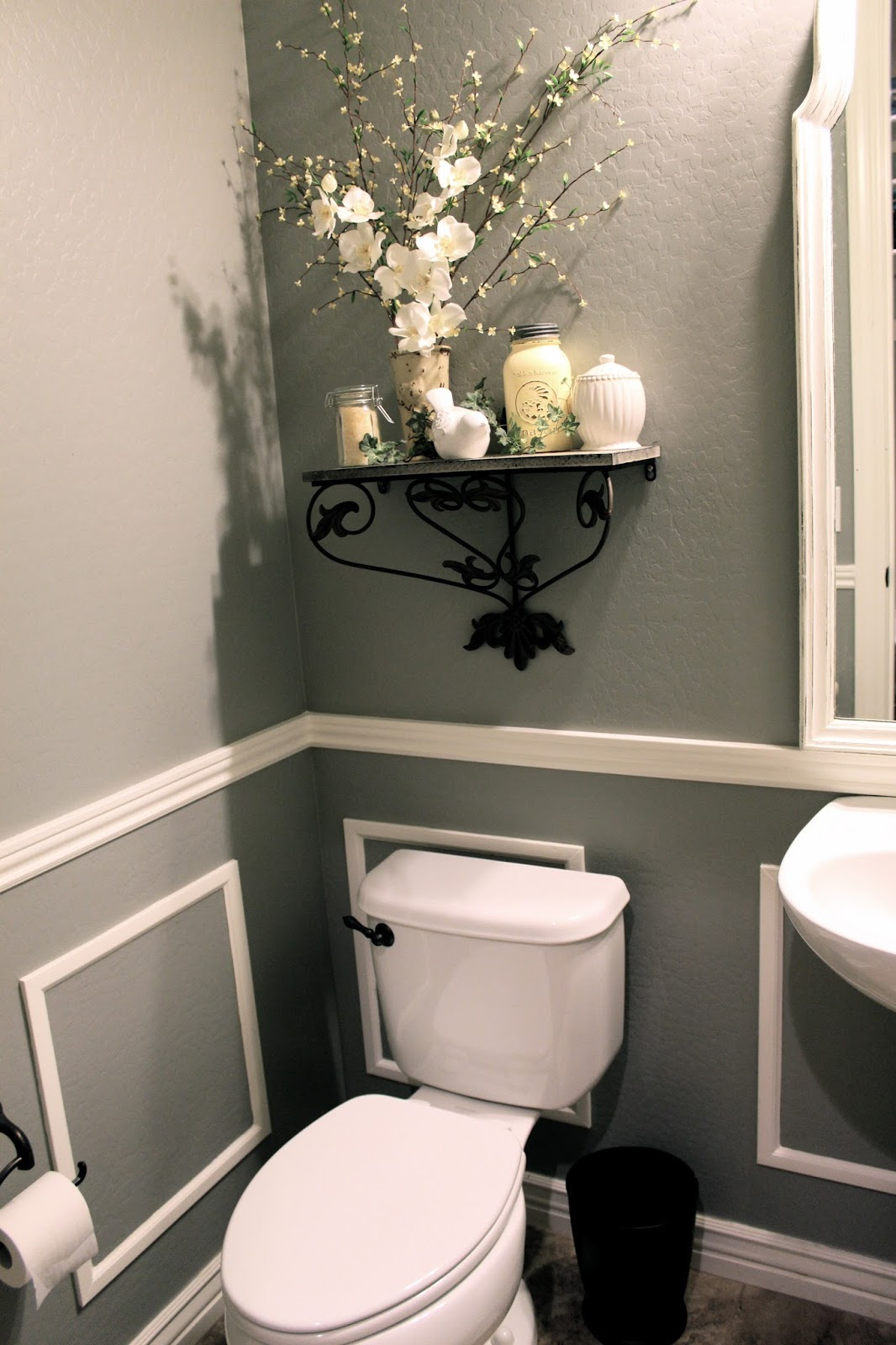 Best Little Bit Of Paint Thrifty Thursday Bathroom Reveal This Month