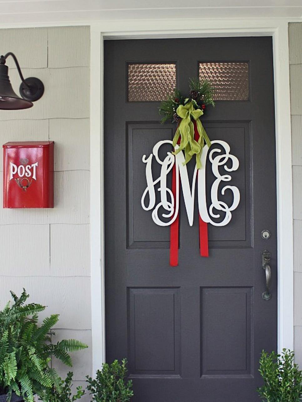 Best 10 Christmas Door Decorations Diy This Month