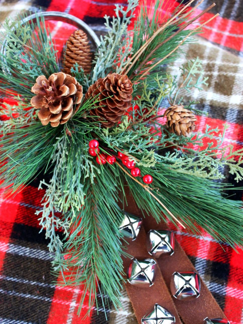 Best 20 Easy Homemade Christmas Ornaments Holiday Decorations This Month