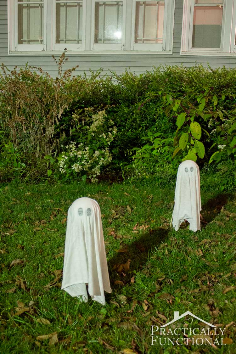 Best Diy Floating Halloween Ghosts For Your Yard This Month