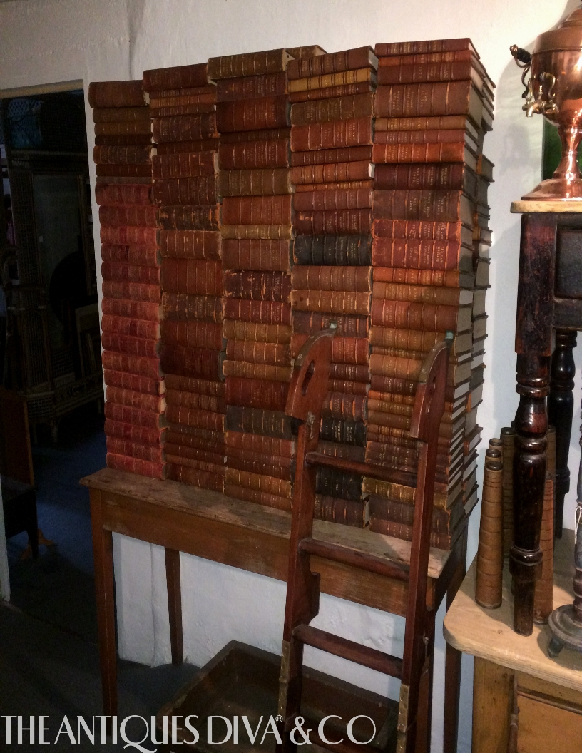 Best Decorating With Antique Books The Antiques Divathe This Month