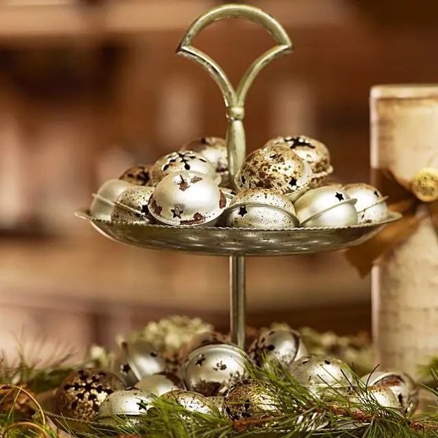 Best 51 Ideas To Use Jingle Bells In Christmas Décor Digsdigs This Month