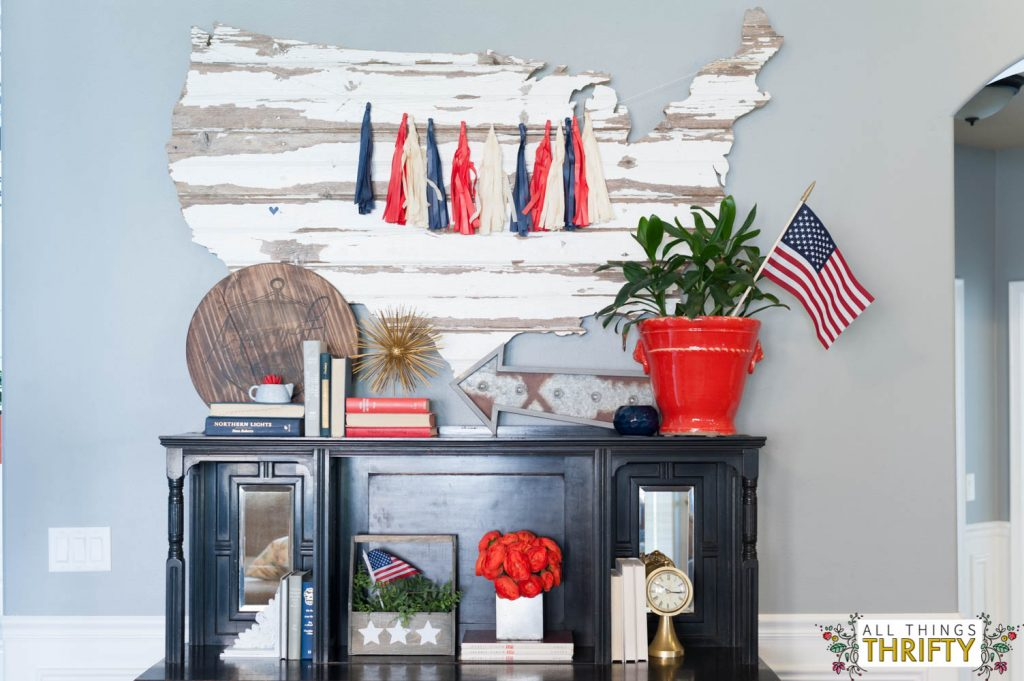 Best Red White And Blue Patriotic Decor All Things Thrifty This Month