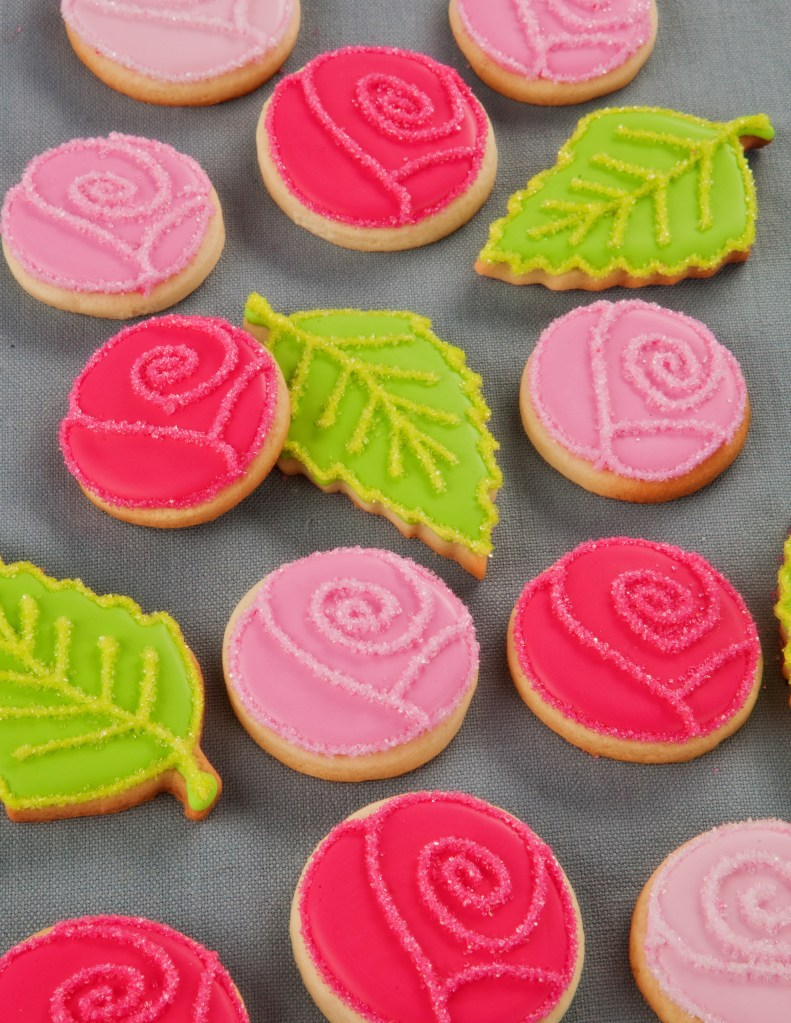 Best Flocked Roses And Leaves Cookie Decorating This Month