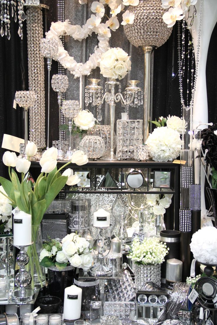 Best 25 Bling Wedding Themes Ideas On Pinterest Sparkle This Month