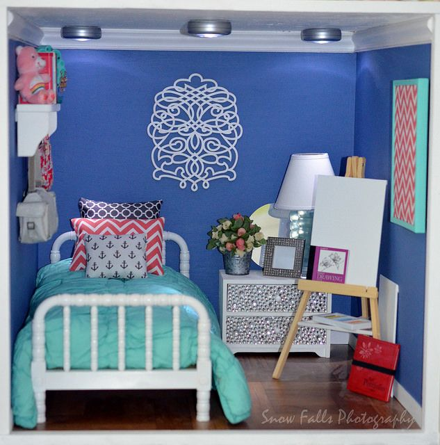 Best 867 Best Doll Houses And Decorating Ideas Images On This Month