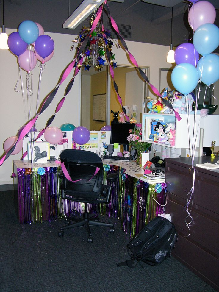 Best The 25 Best Office Cubicle Decorations Ideas On Pinterest This Month