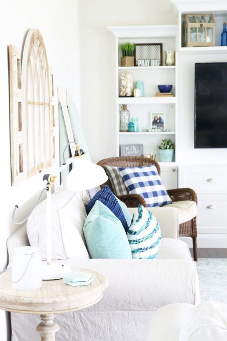 Best 25 Aqua Living Rooms Ideas On Pinterest White This Month
