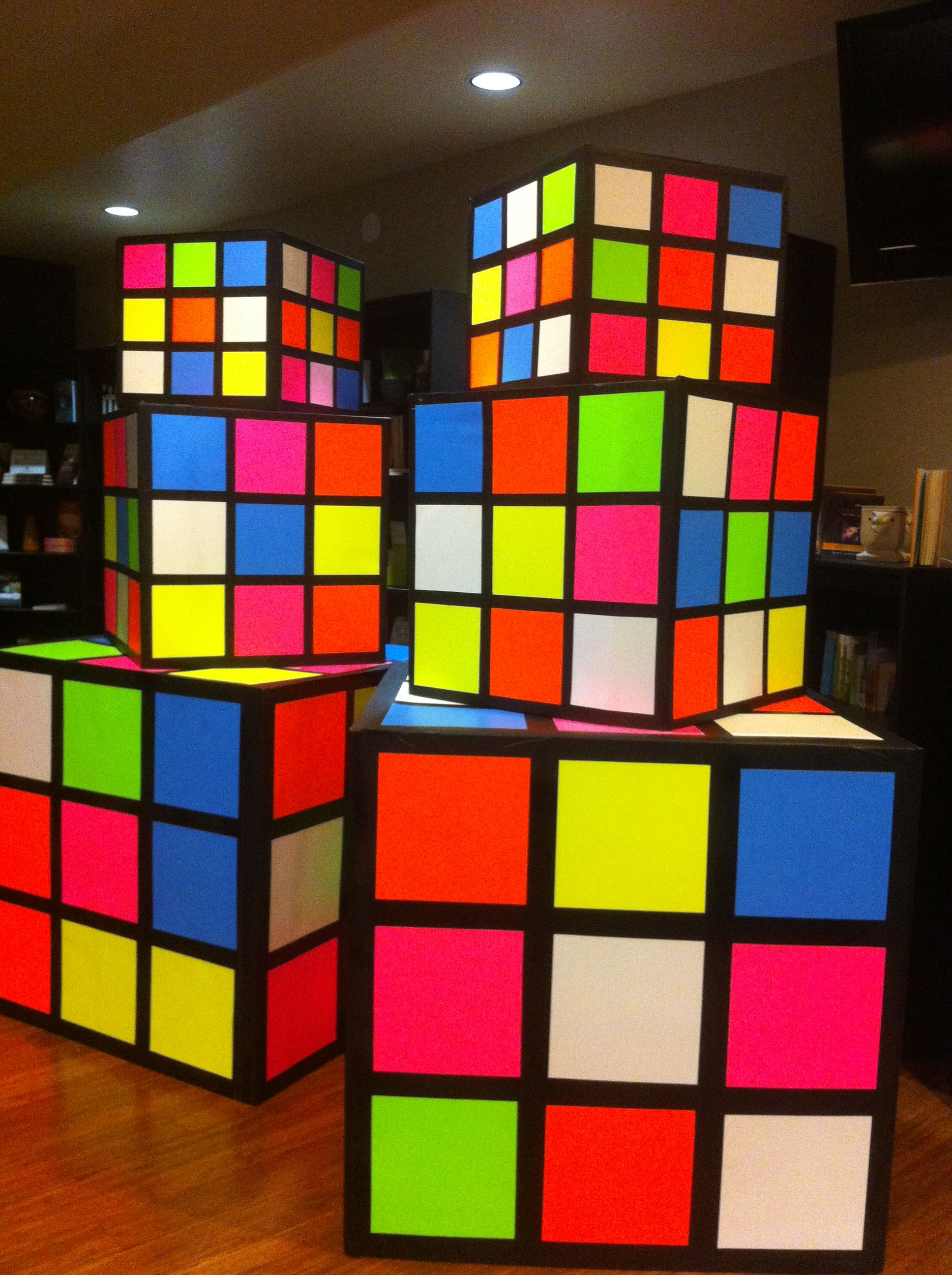 Best Rubik S Cubes Made From Refrigerator Boxes Black Primer This Month