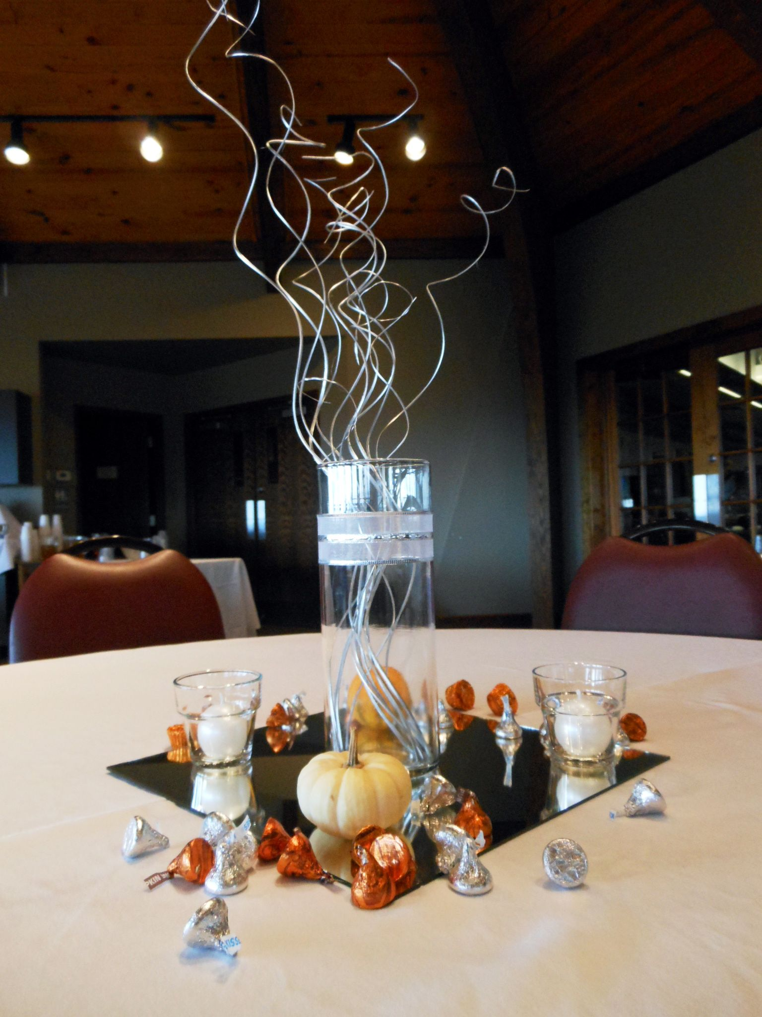 Best 10Th Wedding Anniversary Decor Ideas Table Centerpieces This Month