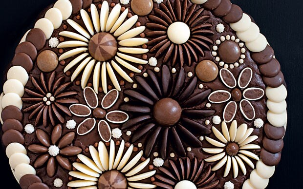 Best Chocolate Flowers Cake Decoration Telegraph This Month