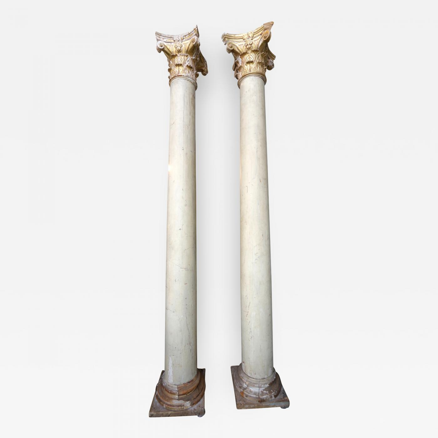 Best Pair Of Italian Decorative Wood And Gold Leaf Corinthian This Month
