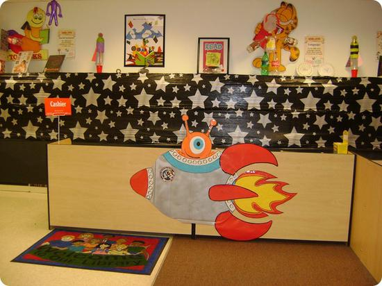 Best Out Of This World Space Themed Displays – Supplyme This Month