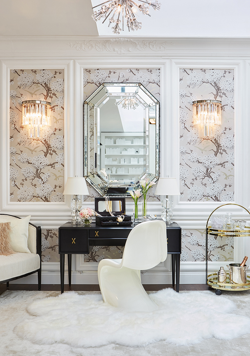 Best Decor Places Chanel Boutique In Bergdorf Goodman New This Month
