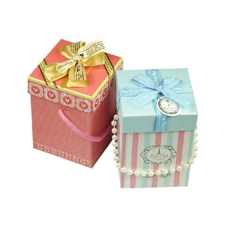 Best China Cheap Decorative Christmas Gift Boxes Small Size This Month