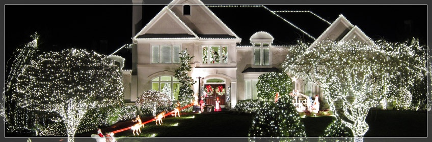Best Outdoor Christmas Decorations This Month