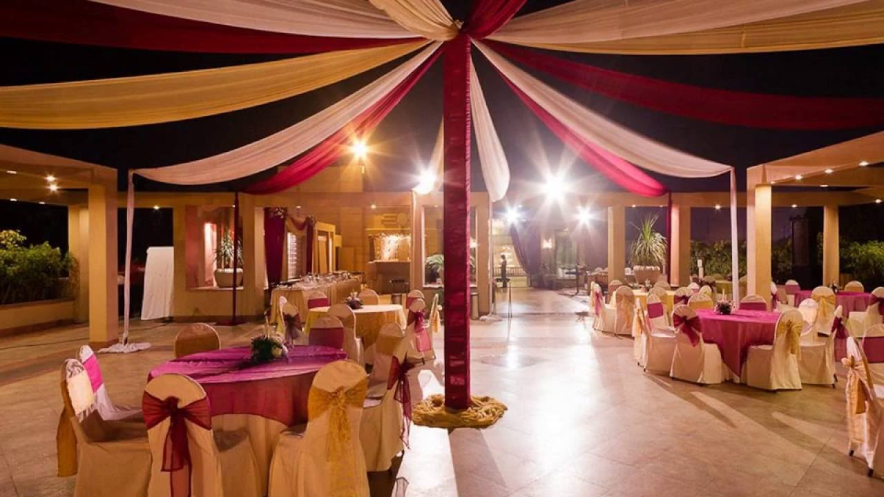 Best Sangeet Decoration Ideas At Banquet Halls In Mumbai Youtube This Month
