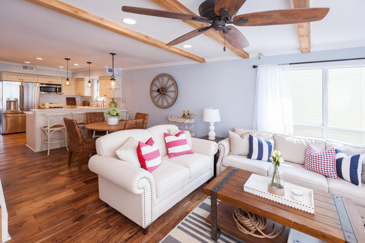 Best David Bromstad S Beach House Decorating Tips Beach Flip This Month