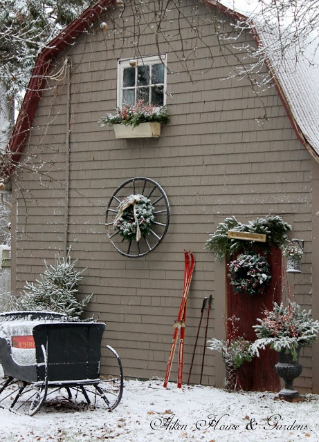 Best 76 Best Images About Christmas Barn Decorations On This Month