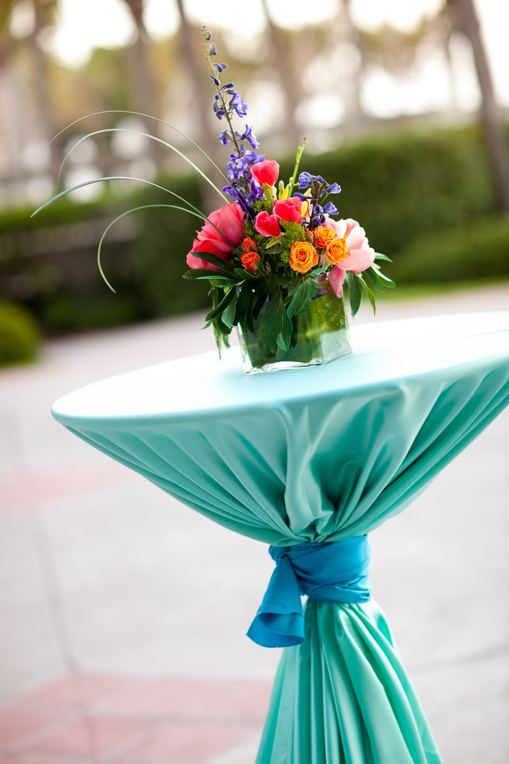 Best 50 Curated Cocktail Table Decor Ideas By Iwedglobal This Month