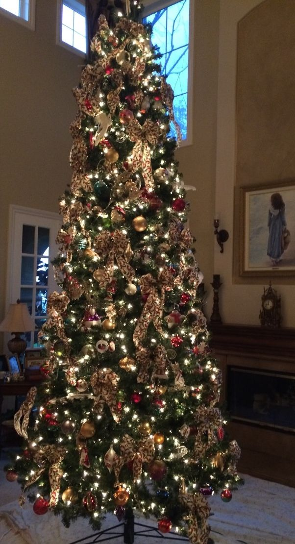 Best 1000 Ideas About 12 Ft Christmas Tree On Pinterest This Month