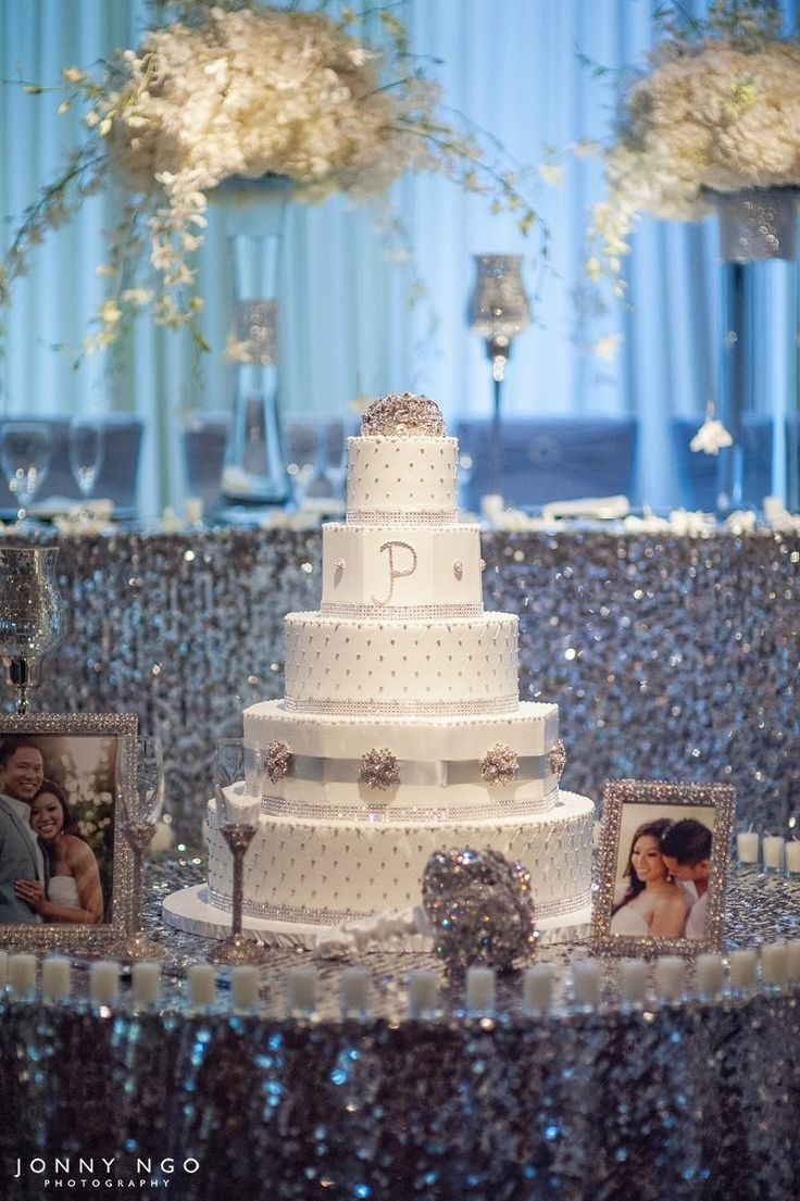 Best 1000 Ideas About Bling Wedding Centerpieces On Pinterest This Month