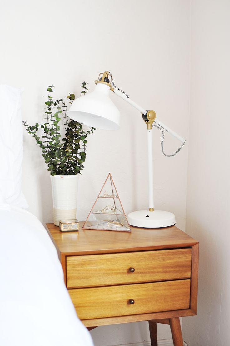 Best 25 Best Ideas About Bedside Table Lamps On Pinterest This Month