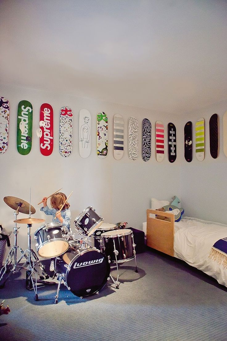 Best Wall Decor For Little Boys A Skate Ride In The Room This Month