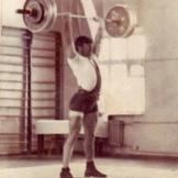 1971 г. Бауд устанавливает рекорд республики в жиме - 145 кг в категории 82,5 кг.