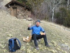 One of the best parts of the trip was the food. Shaun and I don't pack typical hiking grub. Instead we packed our leftover pizza and a couple of beers to enjoy for lunch - delicious!
