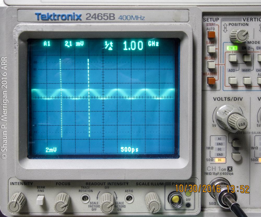 1 GHZ Sine wave input on a Tektronix 2465b